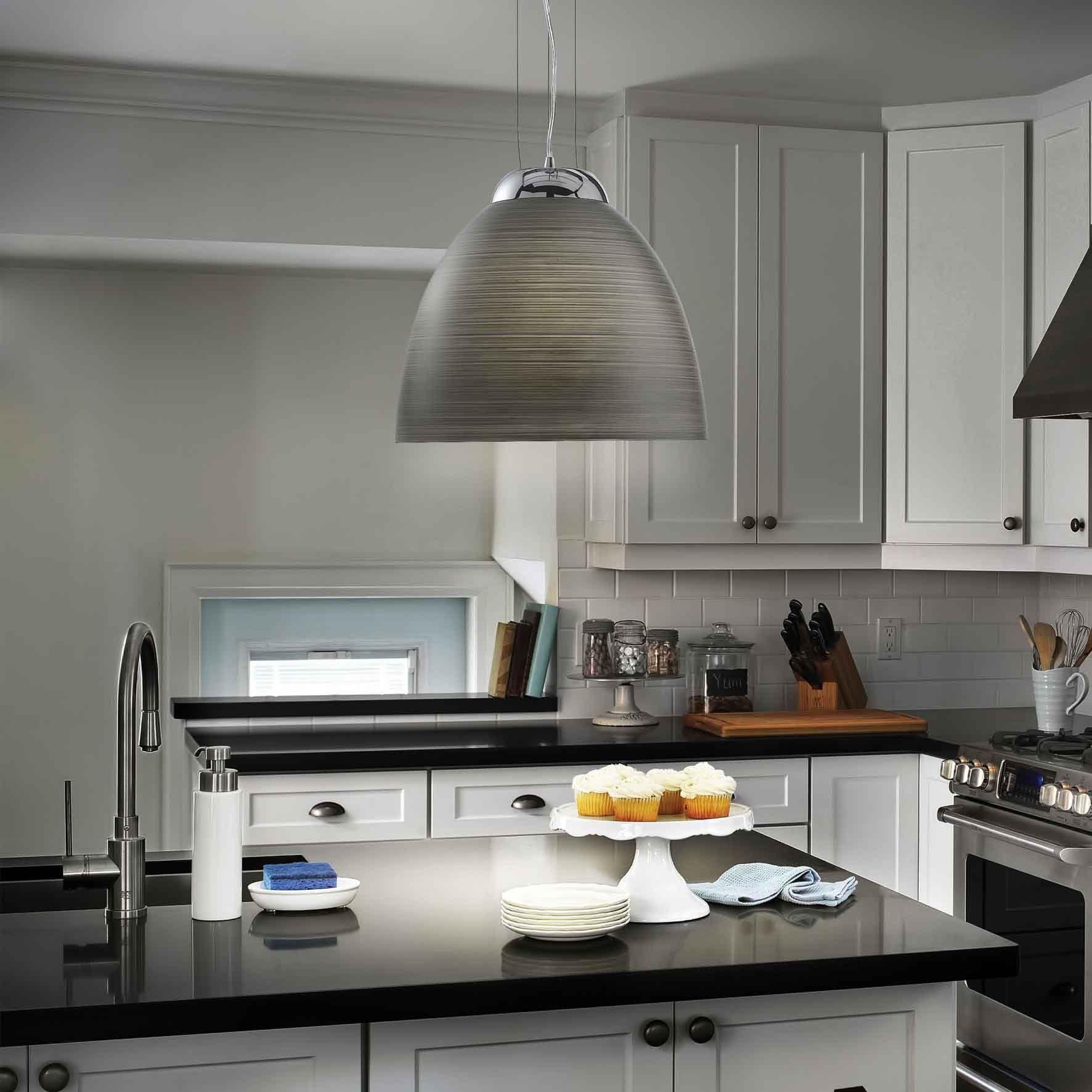 Illuminazione cucina: lampadari o sospensioni?