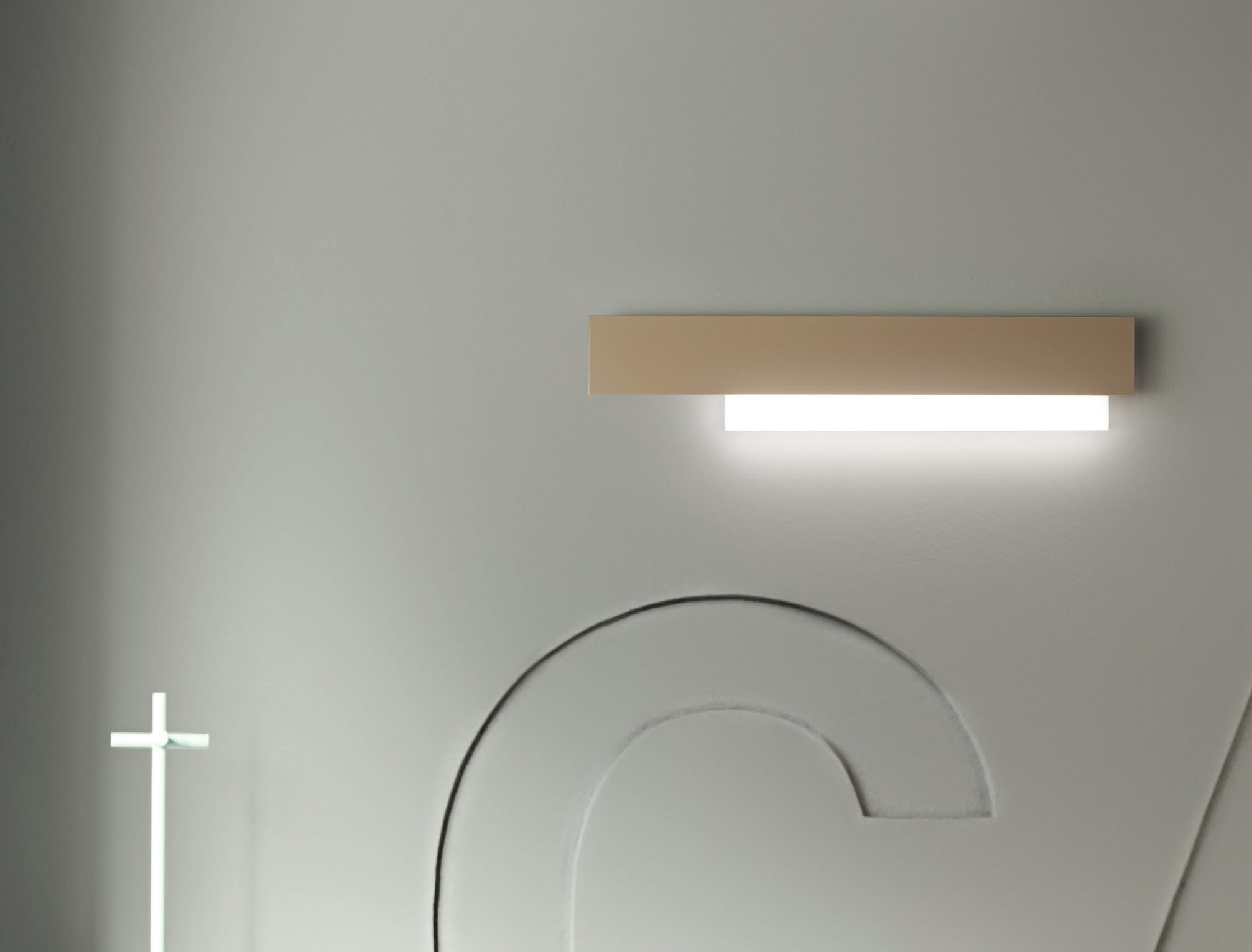 Illuminare casa con applique a led integrato e applique con